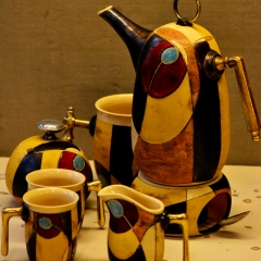 TEA OR COFFEE POT WITH SERVICE YELLOW