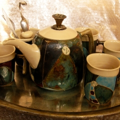 DARK GREEN ANTIQUE TEA OR COFFEE SET